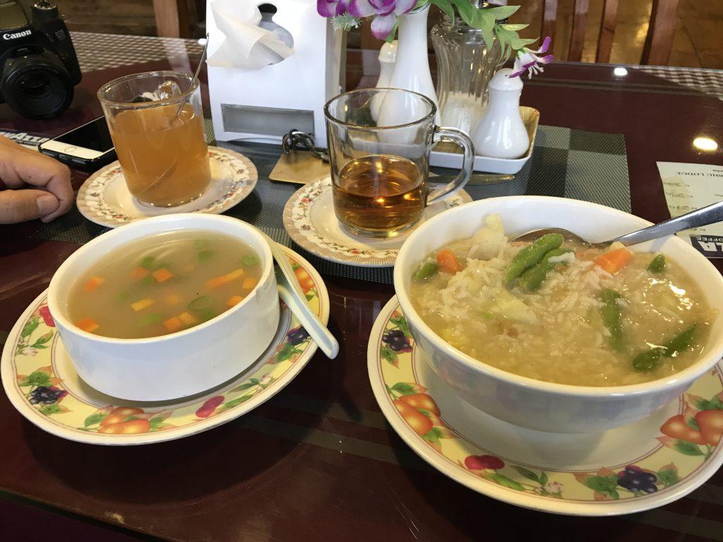 Cena en Namche Bazaar