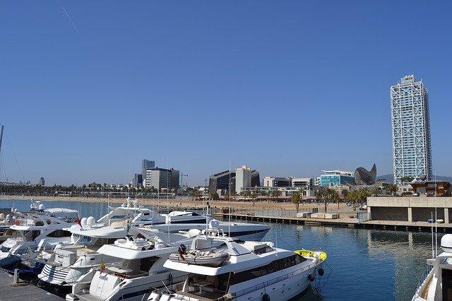 salir de fiesta puerto olímpico barcelona