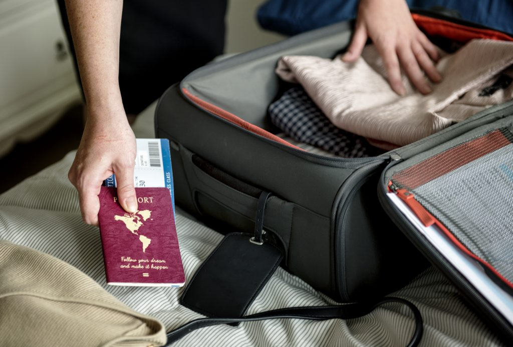 maleta con compartimentos
